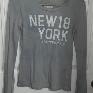 long sleeve gray tee